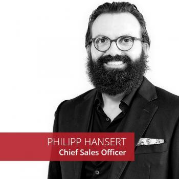 Philipp Hansert Chief Sales Officer Bee4IT Portrait black and white
